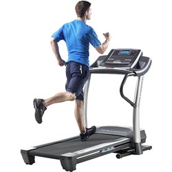 Treadmill Benefits | Elliptical vs. Treadmill
