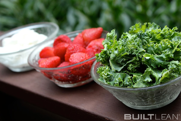 kale smoothie 2 Kale Smoothie Recipe With Strawberries