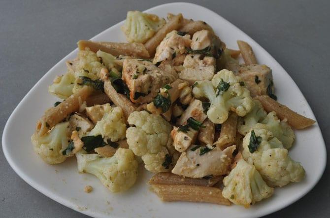 penne-pasta-garlic-basil-chicken