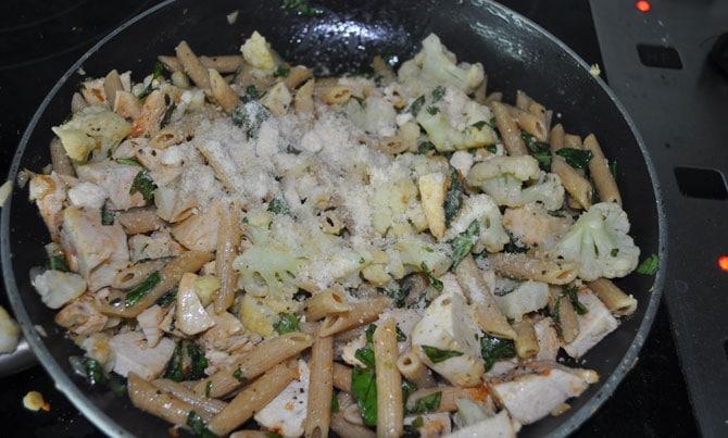 saute-pasta-parmesan